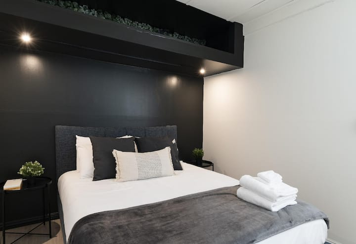 Chic, modern and newly renovated guesthouse