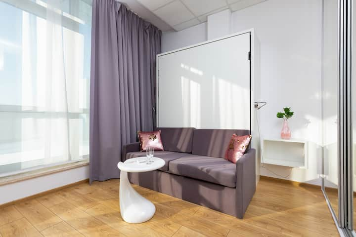 Varsovia Studio with parking & air conditioning