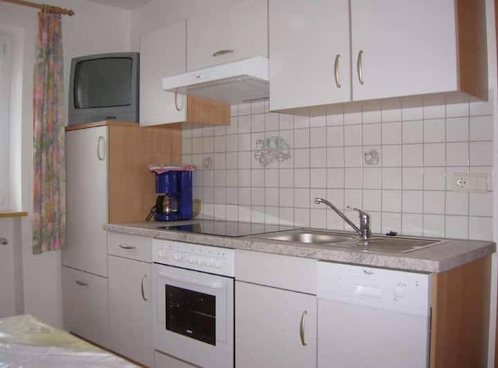 "Charming Vacation Apartment ""Gitschbergblick"" close to Skiing & Hiking Areas with Mountain View, Wi-Fi & Garden; Parking Available"
