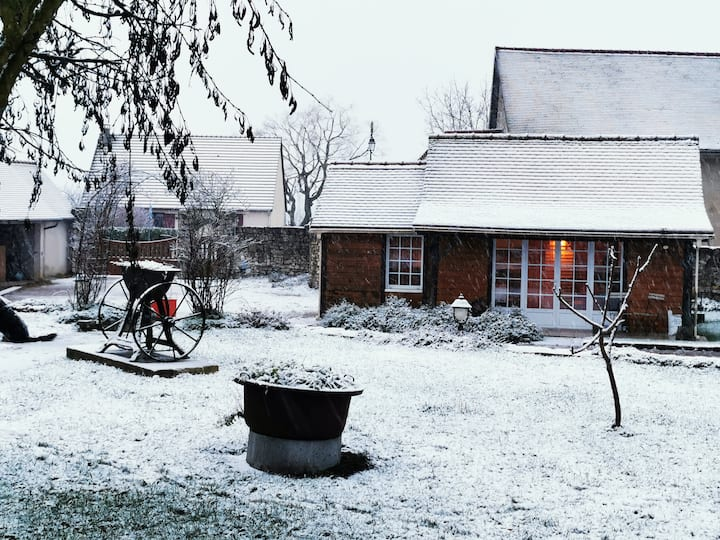 Le Bois aux Cerfs - Private Family Cottage