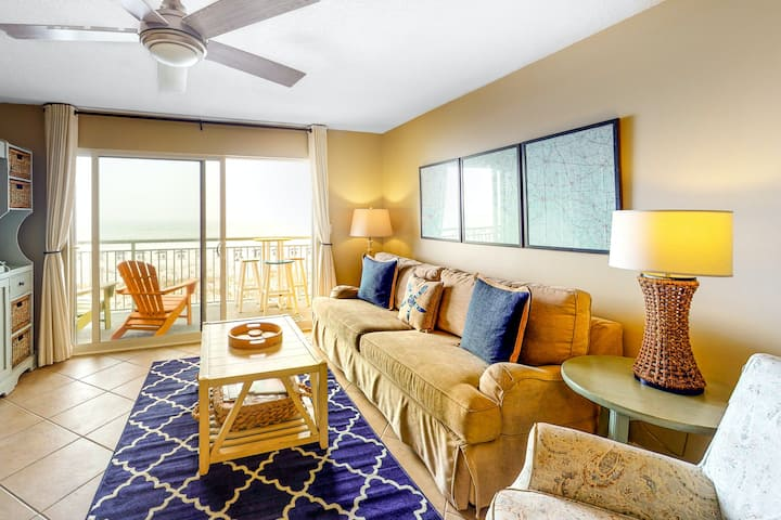 Gulf-Front Family Condo w/Shared Pool & Hot Tub, AC, Private W/D, Balcony, WiFi!