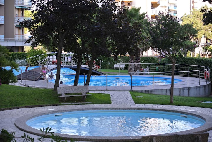 apartment for 3 persons in Lignano R102461