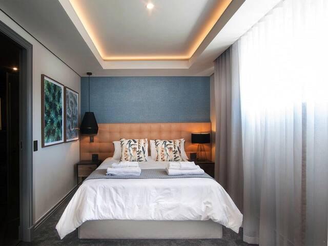 2 Sleeper Loft (1 queen room silver) photo 0