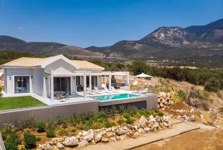 New stylish villa sea views countryside location