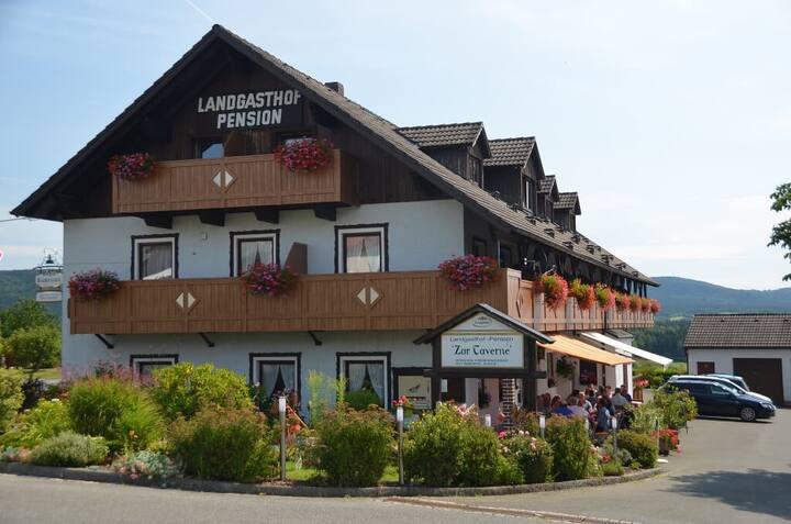 Landgasthof Zur Taverne (Oberviechtach), Einzelzimmer mit eigenem Bad
