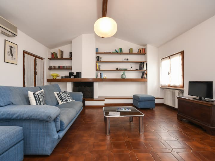 Close to Lake Garda with a view – Lakeview Loft