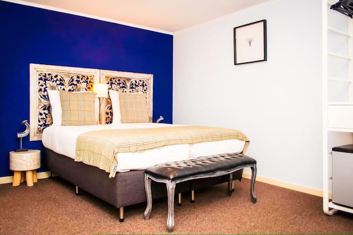 Souterrain room with bath - Boutique Lodge