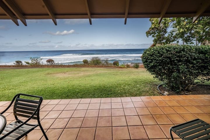 Oceanfront Cottage on Kepuhi Beach w/ Ocean View, WiFi, Laundry & Shared Pool!