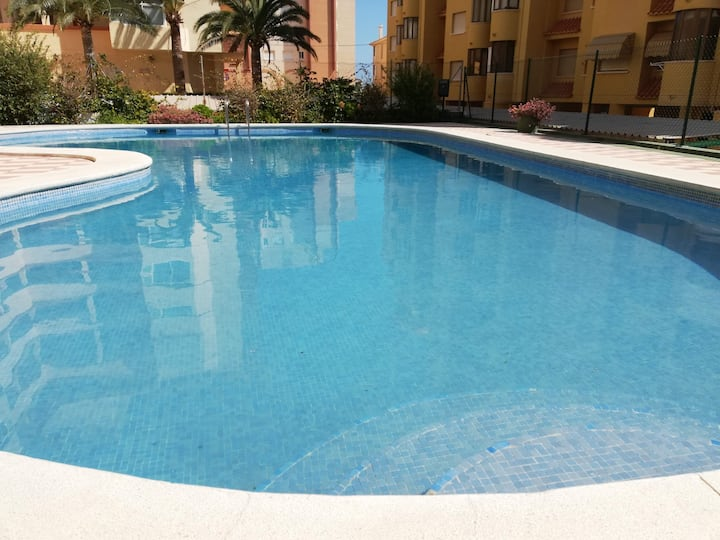Three bedrooms with views of the pool and WIFI service!