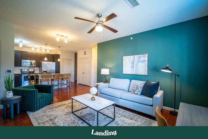 Landing | Modern Apartment with Amazing Amenities (ID2497)