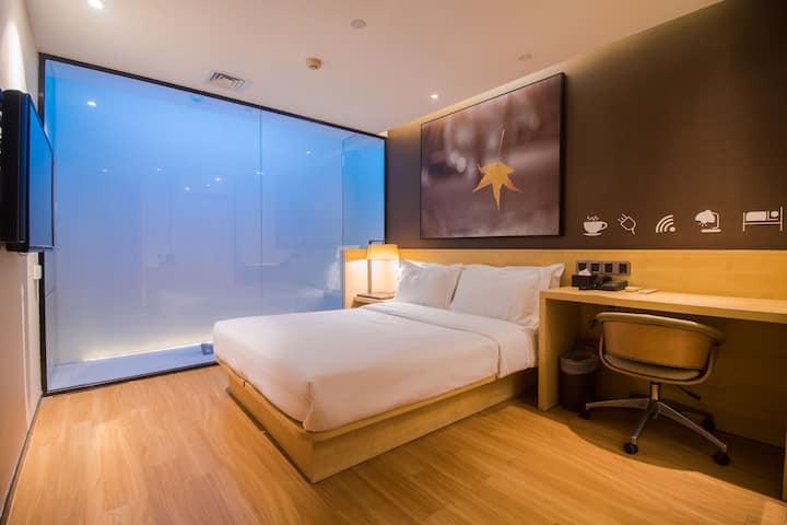 【路客】Hotels·东晓南地铁站店|全面消毒|免费停车|石溪双地铁|精致大床|干湿分区|24h前台