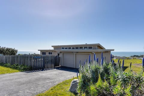Hansen's Bodega Bay Getaway--Walk to Beach!