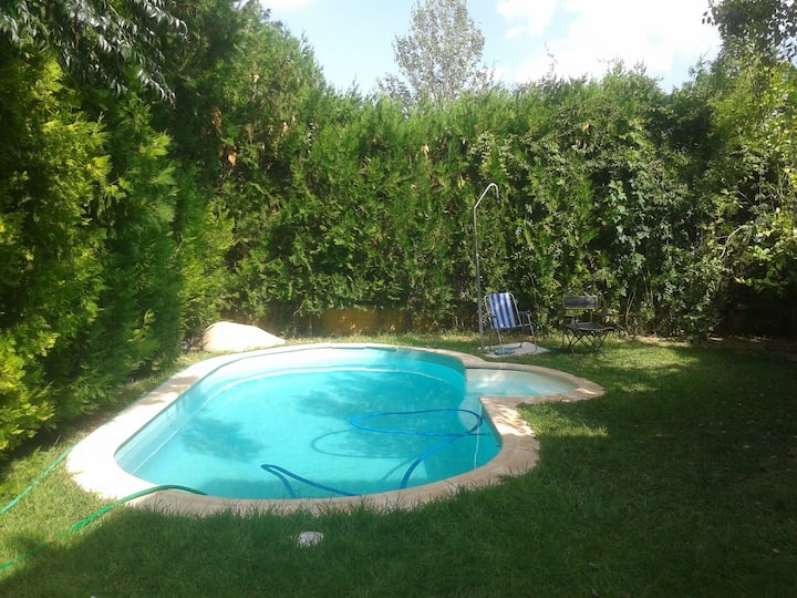 Chalet with 3 bedrooms in Espartinas, with private pool, enclosed garden and WiFi