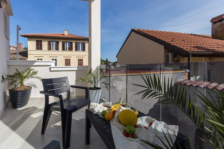 Chic apartments in Poreč Old Town / Studio for 2 with terrace - A3