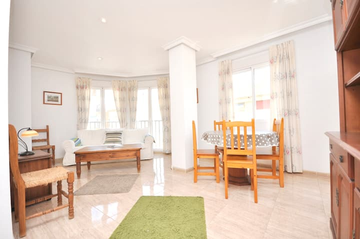 Apartment with 3 bedrooms in Torrevieja, with wonderful city view, balcony and WiFi