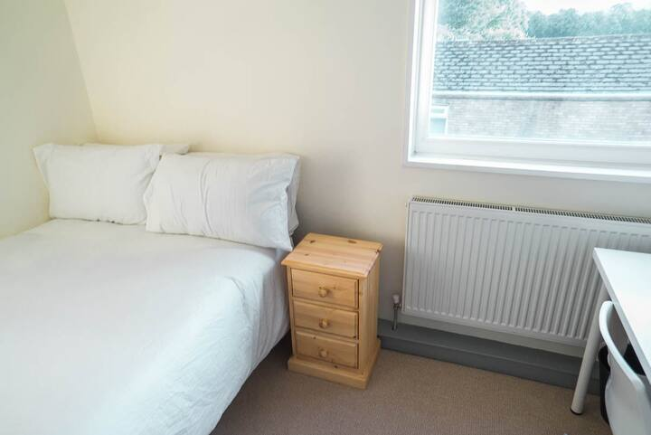 Breathtaking Double Room Bills INCLUDED