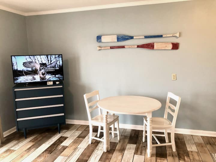 Lakefront Doubles Studio on The Cove