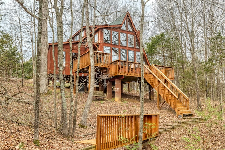 Peaceful Spring Chalet by Sarah Bernard Chalets with Fire Pit, Private Dock