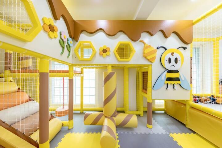 아름다운 경치 속 아이와 추억을 위한 #키즈 숙소의 꿀벌방 객실