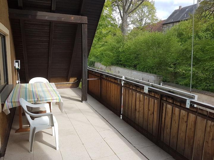 Ferienwohnung Orths (Muhr am See), Ferienwohnung mit überdachtem großen Balkon