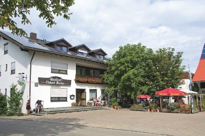 HopfenErlebnisHof Gästehaus (Altmannstein), Appartement 23qm -4- mit Balkon