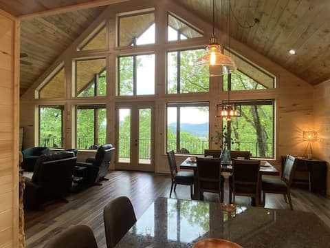 Mountain View Cabin next to the National Forest, Broken Bow lake & LMF river.