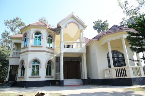 Aminvilla resort