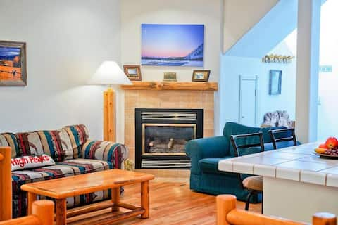 Spacious Townhome with Shuttle Access to Grand Targhee