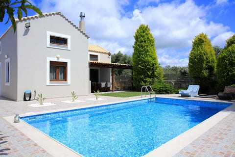 Luxury Villa Katerina with private pool