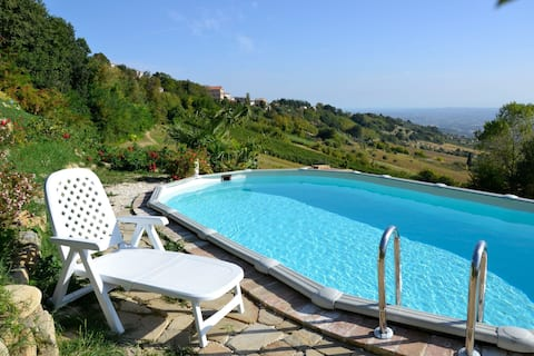 Tranquil Apartment in Cupramontana with Garden