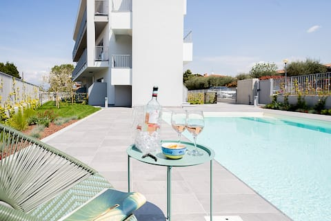 Regarda - Bamboo design apartment with pool, wifi