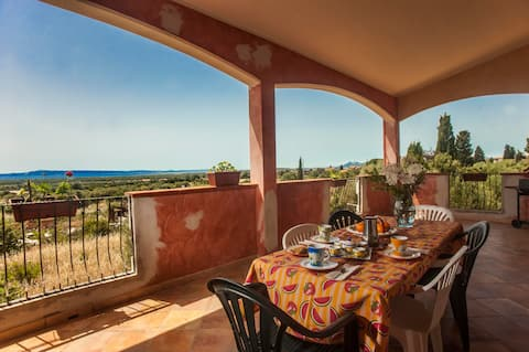 Holiday Home Casa Elena with Sea View, A/C & Terrace; Pet-Friendly