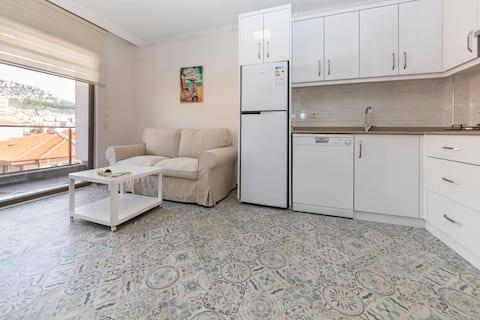 ムグラの中心部に位置する便利なアパート