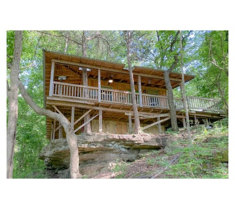 Little Fox Cottage ~ A Small Rustic Modern Retreat for 2  in the Trees with Partial White River View