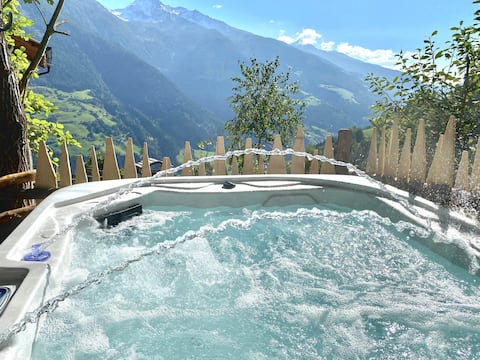 """Charming Holiday Home """"Fewo Bergpanorama Obertalerhof"""" with Mountain View, Balcony, Garden & WiFi; Parking Available"""