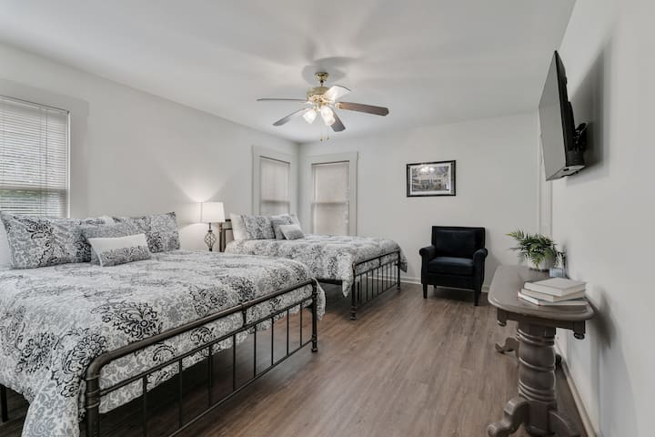 Sixth Guest Bedroom
