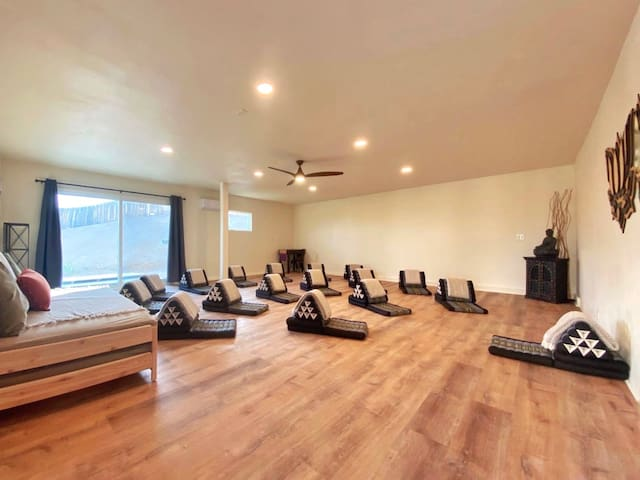 Your own private 624 sf Yoga Room or use as the 6th bedroom (2 twin beds). Yoga props provided!