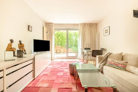 Chic Apartment in St Germain w/ Terrasse