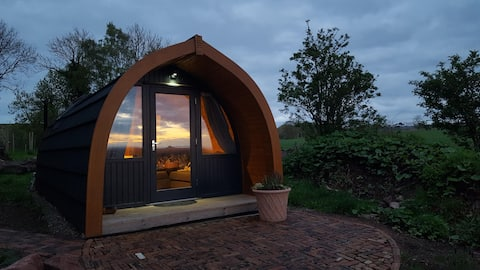 Belhaven Bay Pod - Luxurious, Sea view, Double Bed