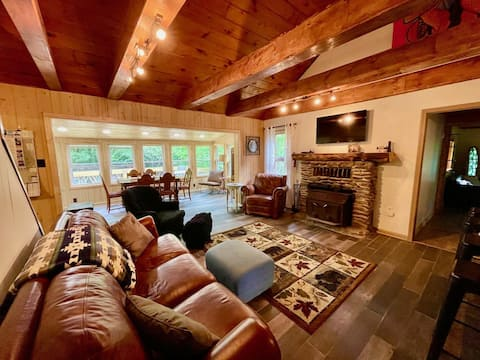Sitting Bear Cottage