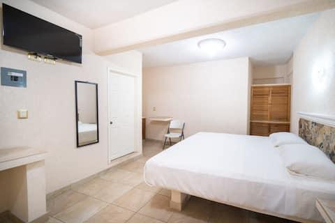 PENINSULA STAYS Business Hotel Excelente Ubicación