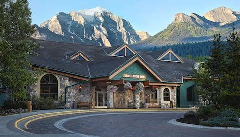 Hyggeligt, budgetvenligt værelse i bjergene | Ski skabe på stedet!