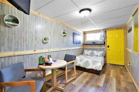10 Newly Renovated Dog Friendly Cozy Room Leadville