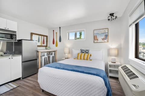 Newly Remodeled and Stunning - Only 5 min. from the Beach!