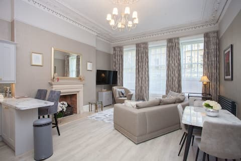 Luxury 3 Bed, Glasgow West End apartment