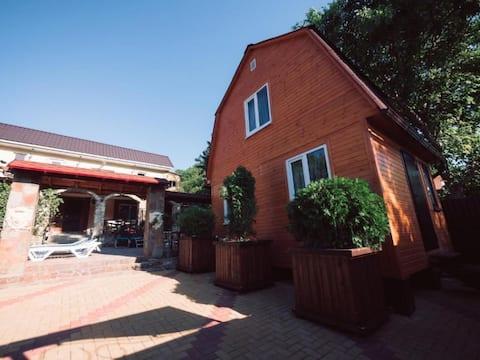 """Detached cottage, No. 10. Гостевой дом """"Семейный"""""""