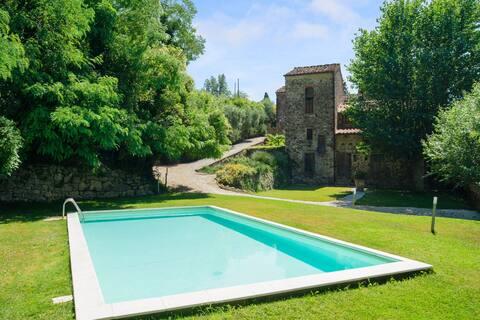 Lejlighed i autentisk landsby nær Firenze