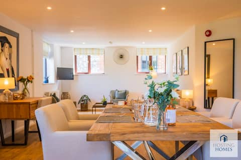 Walkers Hideaway In The Heart Of The Chilterns With Incredible Views