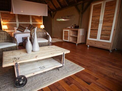 Colonial Luxury Safari Tent