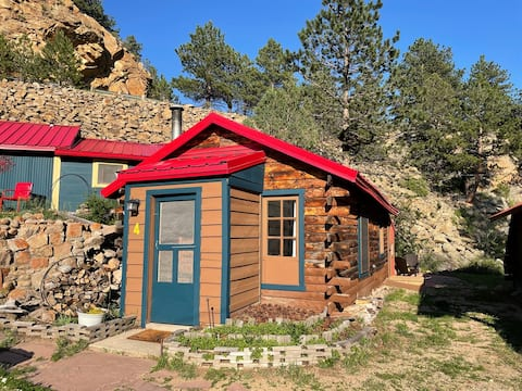 New Listing ~ Cabin on the river!